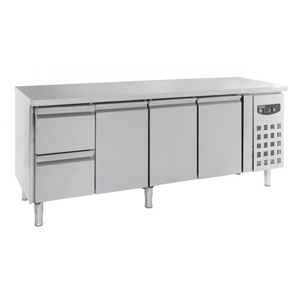 Külmtöölaud kolme ukse ja kahe sahtliga 2230x700x850mm